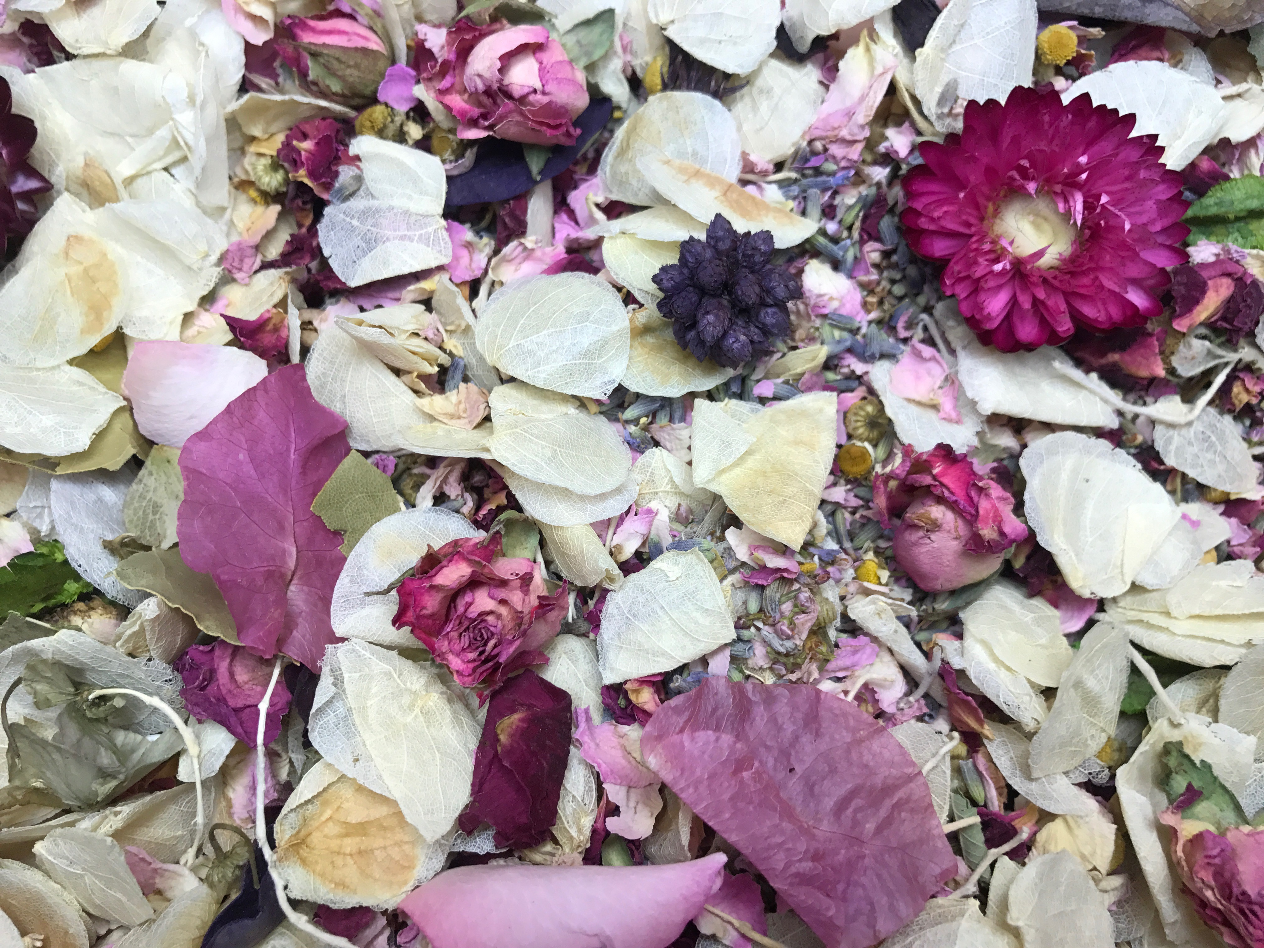 floral throwing confetti mix blend for throwing